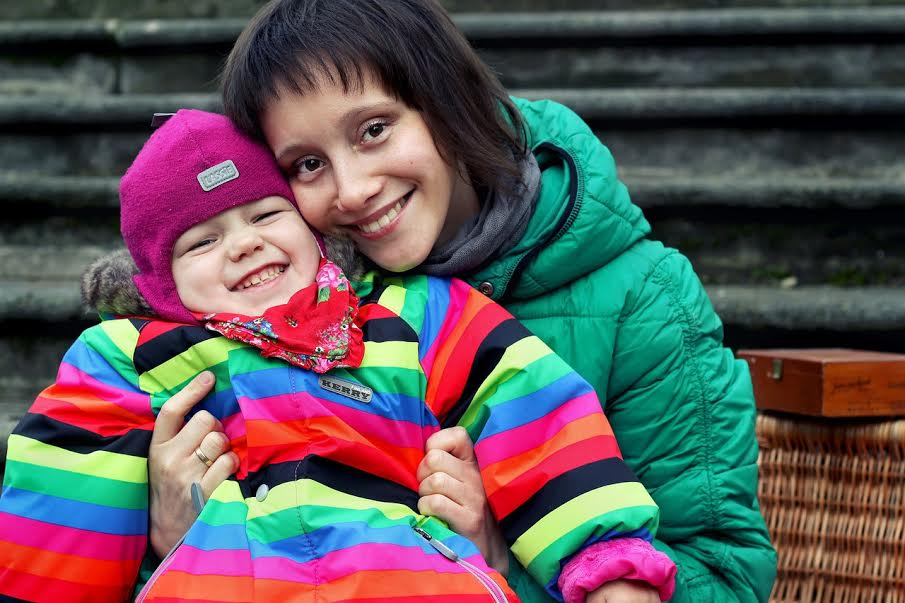 200 rubles for the healthy childhood: why on treatment raise money on the Internet?